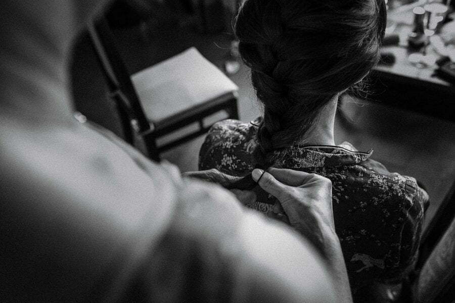 bride hairstyle getting ready in Casale del Marchese wedding in Tuscany