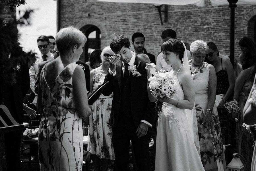 wedding ceremony in Tuscany villa
