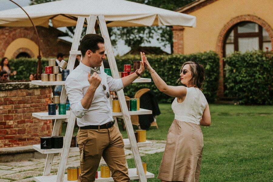 guests playing games at weddings