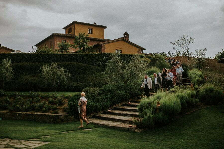 wedding in Casale del Marchese Bettolle Tuscany